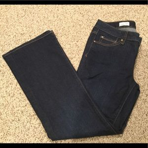 Women's Gap mid rise perfect boot cut size 29s
